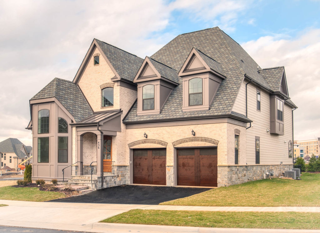 The Estate Home With Oak Park Package